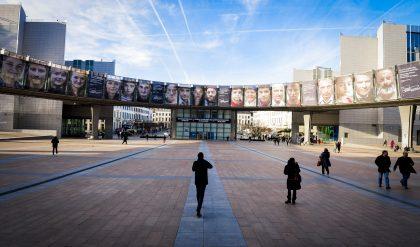 Las queserías artesanas exponen sus problemas a diputados del Parlamento Europeo